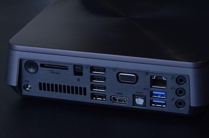 ASUS VivoPC VM60 背面